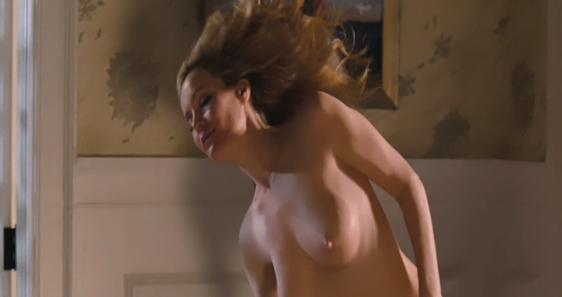 Leslie mann change up nude