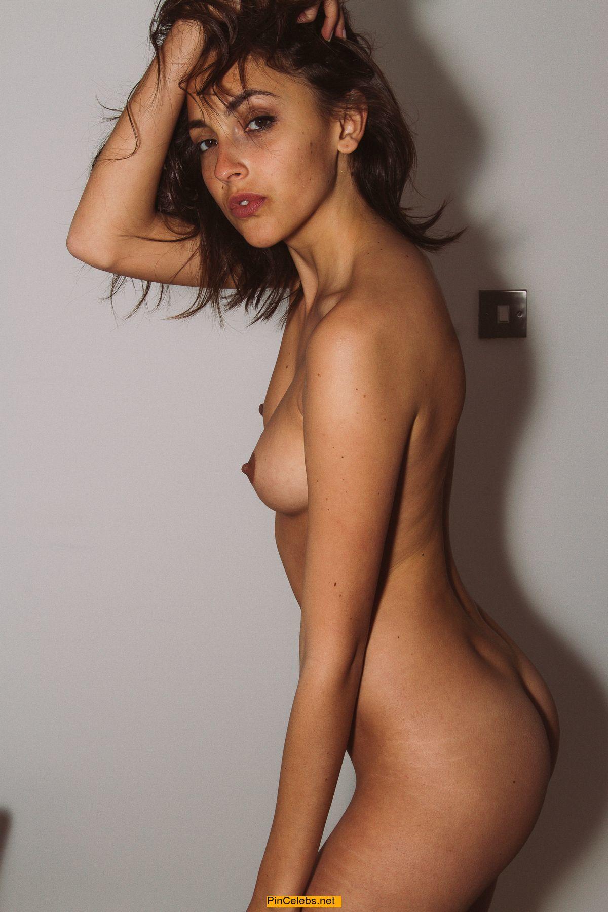 Erika Albonetti  nackt