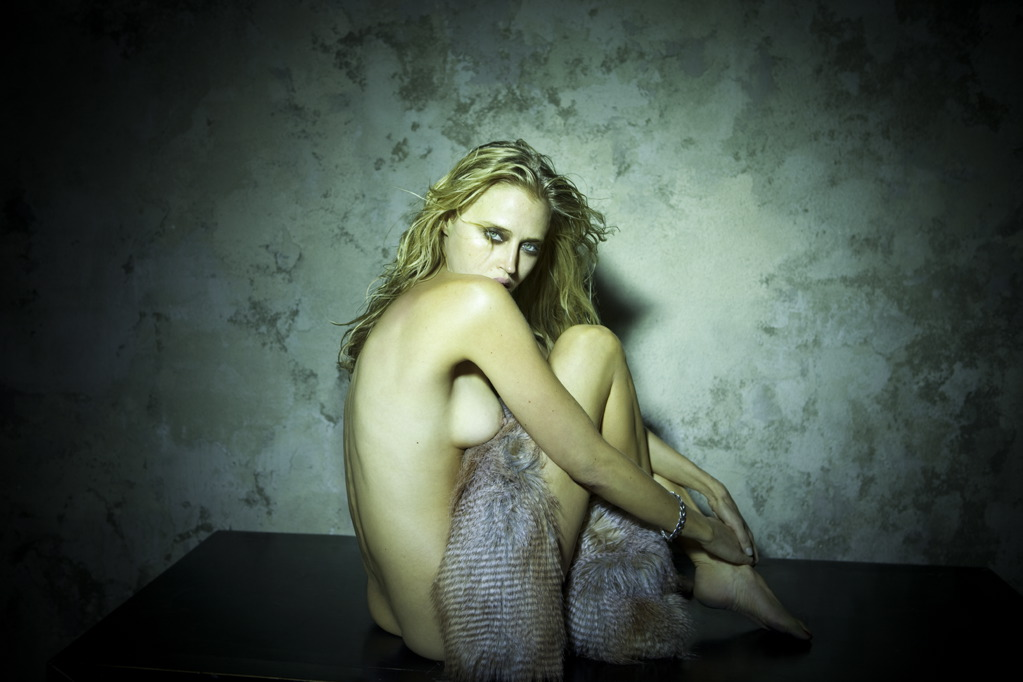 estella-warren-nude-ass-bang-bus-nude
