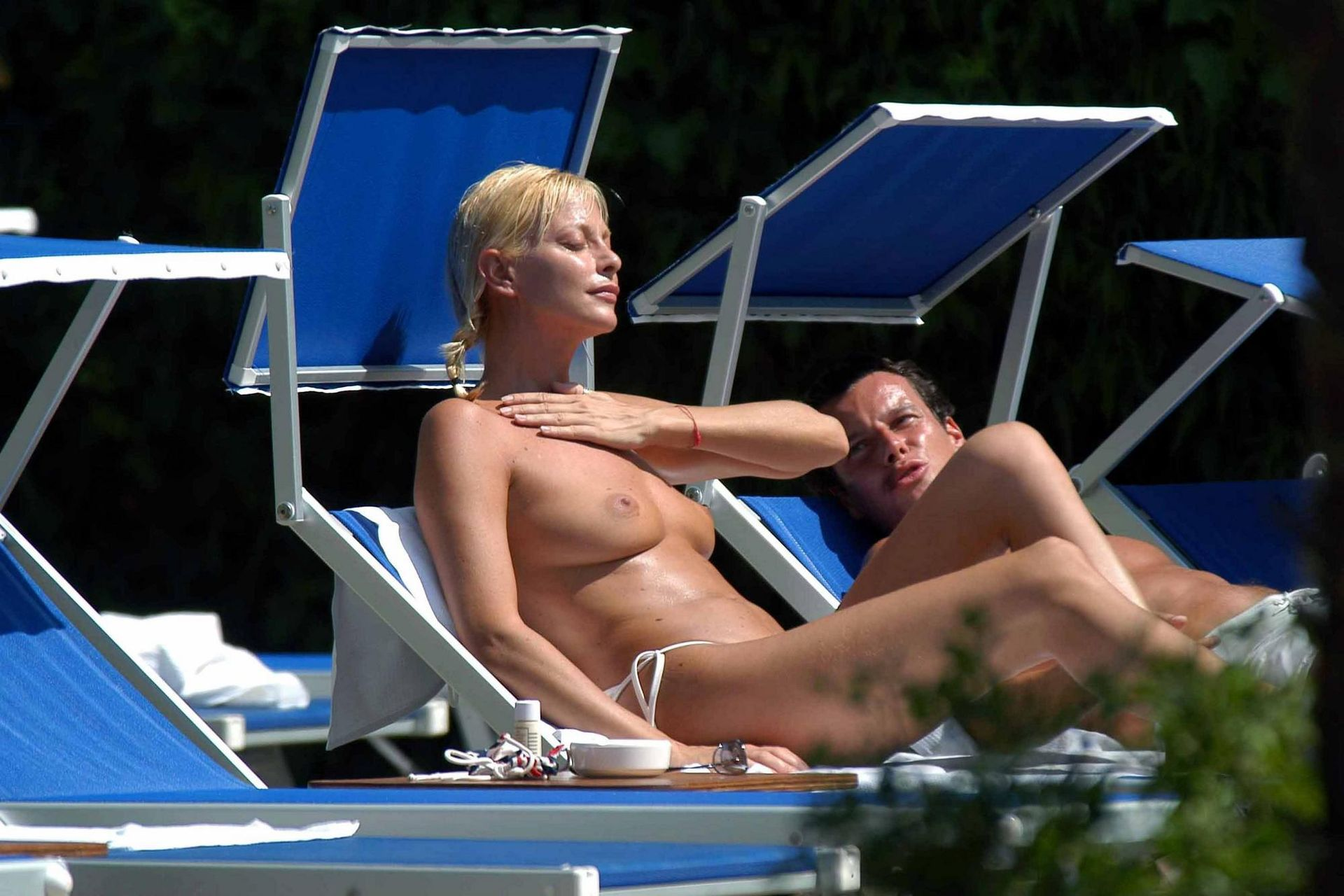 Celebs On The Beach In Bikinis