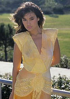 Nude photos of tia carrere