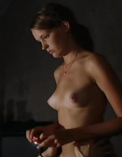 Anjorka Strechel  nackt