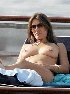 Blowjob Vids Elizabeth Hurley Tits Nude