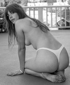Magro  nackt Pilar Sweet abyss