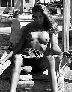 Kristine De Bell Nude