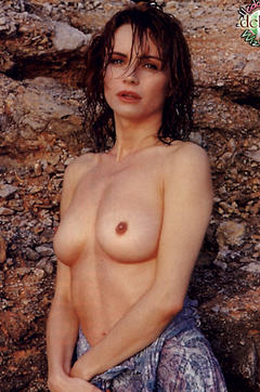 Francesca Neri Nude Topless And Sexy 16 Pictures Pin Celebs