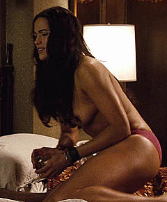 Paula Patton Nude Photos