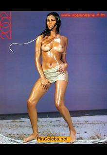 Barbara Chiappini topless for her 2002 calendar