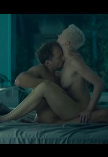 Russian actress Darya Moroz nude in sex scene from Soderzhanki