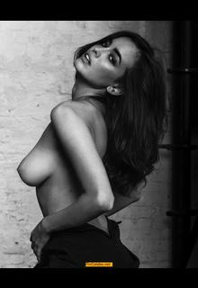 Sarah Stephens topless black-&-white photo