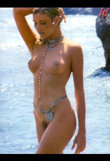 Janet Agren fully nude