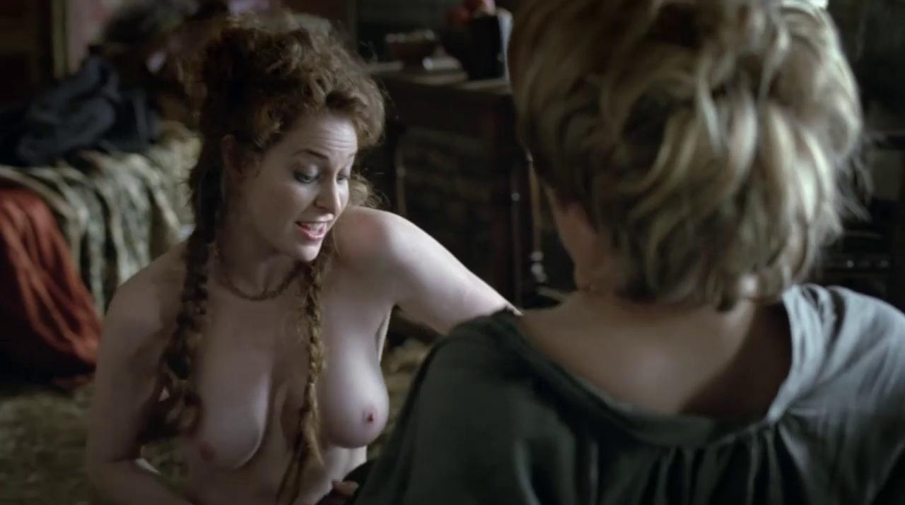 Game of Thrones beauty Lena Headey strips off for steamy