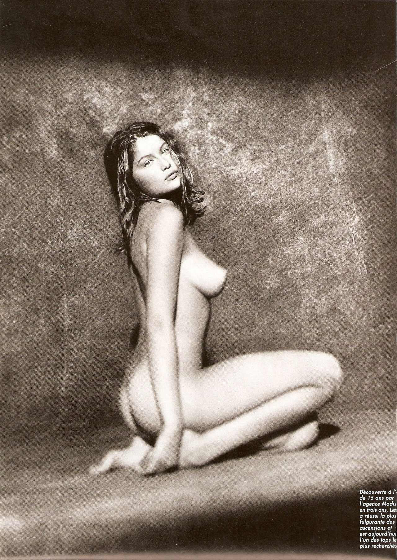 Fully Nude Actresses 72