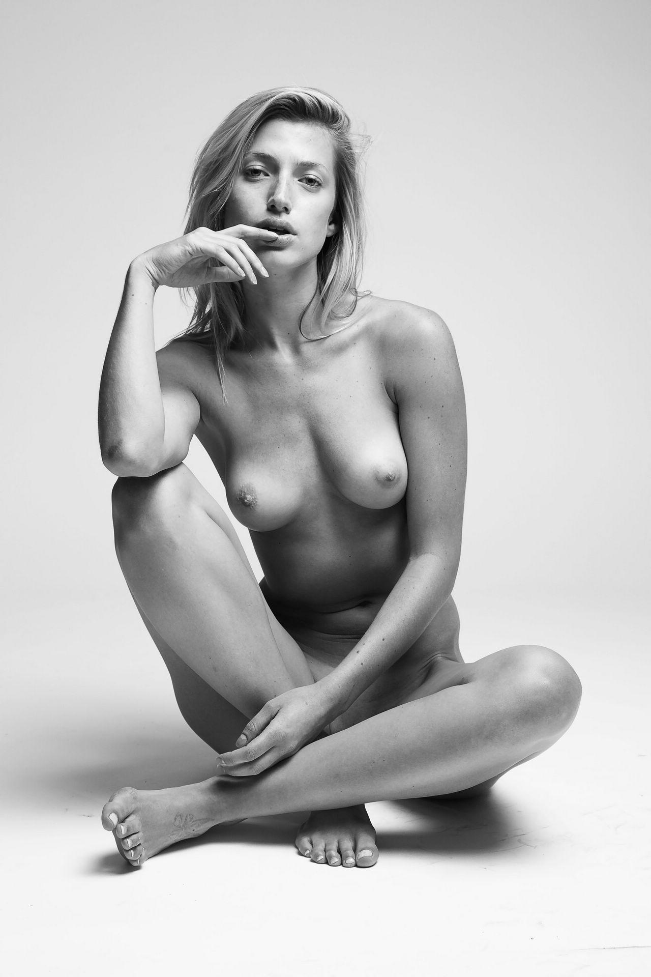 Love Gisele Fully Nude Videos 111